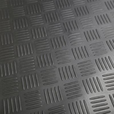 Auto Choice Direct - Mats - Heavy Duty Checker Plate Rubber Matting - 1.5m x 1.2m - Car Accessories UK